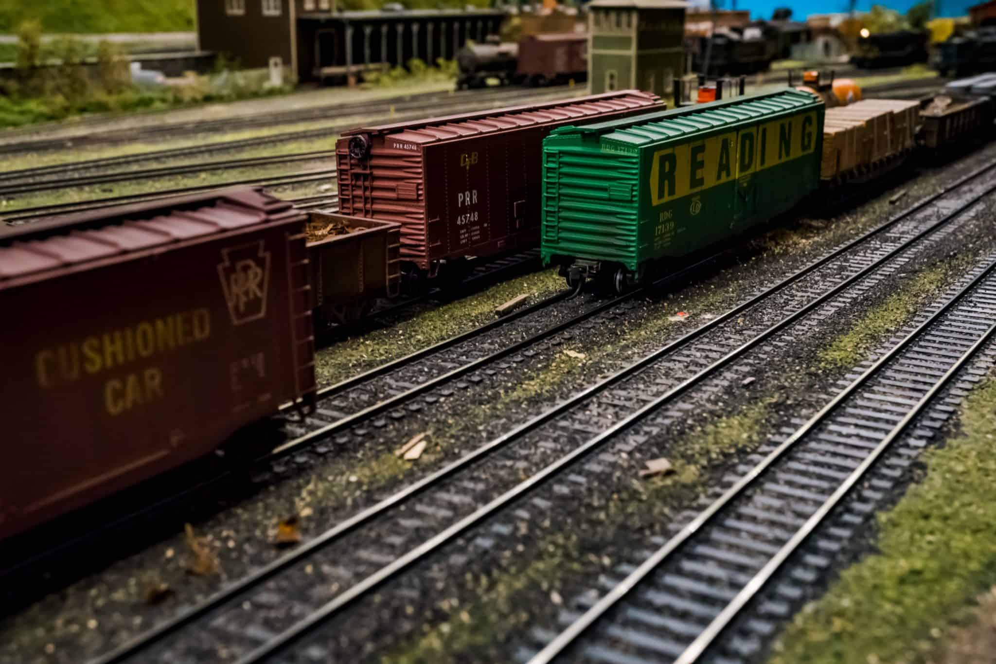 """Featured image for """"The Best Model Train Display Case – HO, N, Z, S, O, G Scale – New 2021"""""""